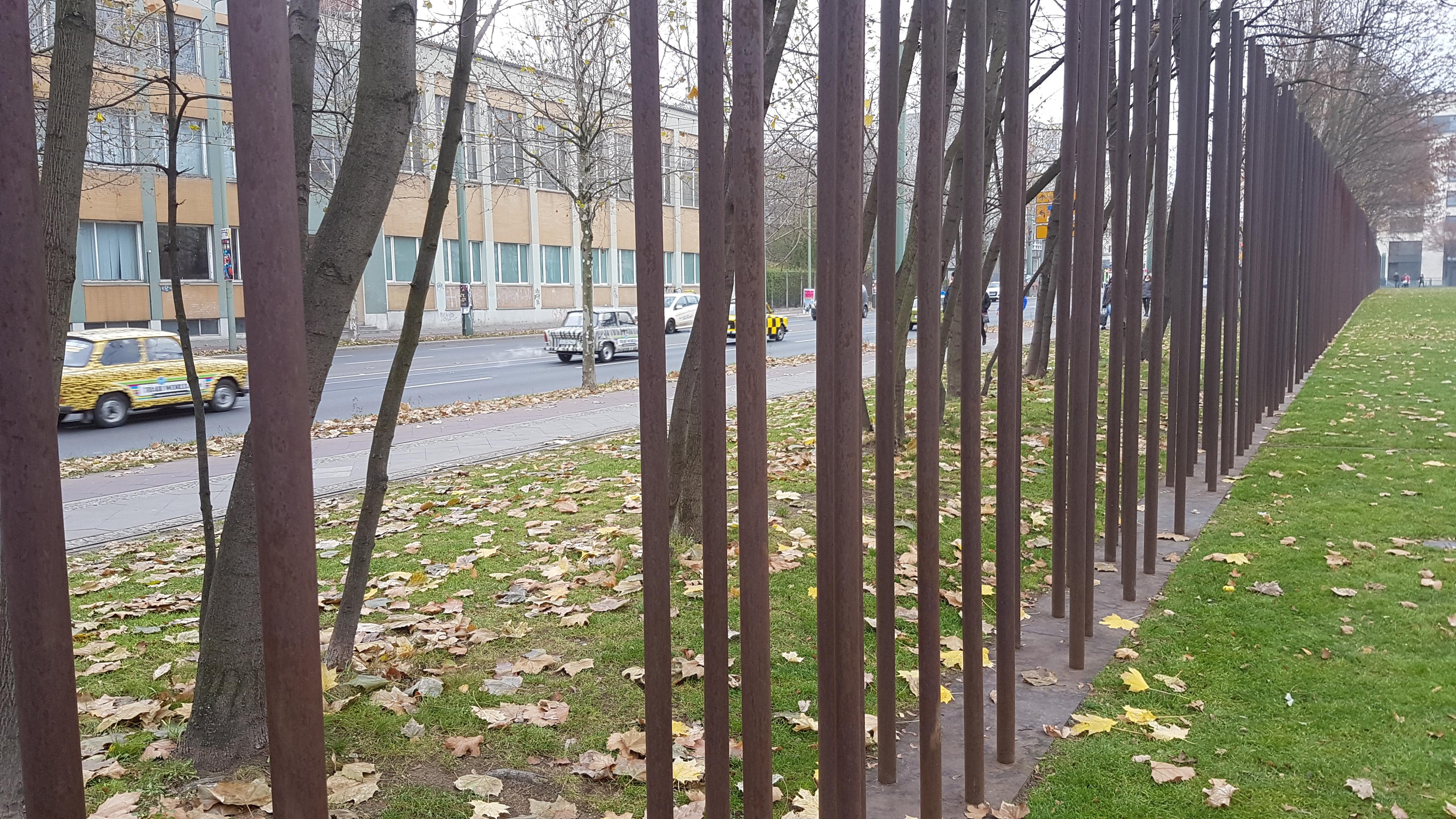 Där muren stod på Bernauer Straße